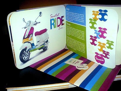 13 mẫu ý tưởng thiết kế brochure đẹp