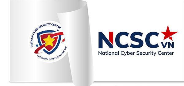 """Điểm nhấn chính trong logo mới của Trung tâm Giám sát an toàn không gian mạng quốc gia thuộc Cục An toàn thông tin là chữ """"NCSC"""" được thiết kế vững chãi, tinh gọn, hiện đại. Với sự đổi mới từ chính cách thể hiện tên thương hiệu, Trung tâm mong muốn thương hiệu của mình sẽ mang đến một nguồn năng lượng mới, đưa """"NCSC"""" trở thành cụm từ được người dân Việt Nam nhớ tới mỗi khi sử dụng Internet."""